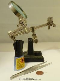 Werkzeug um SMD Widerstände an Spur N Achsen anzubringen